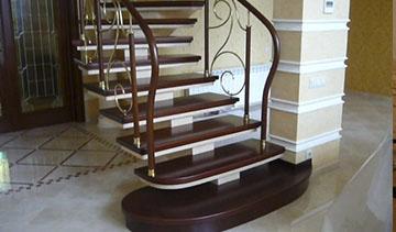 Деревянные лестницы для дома уют и прочность