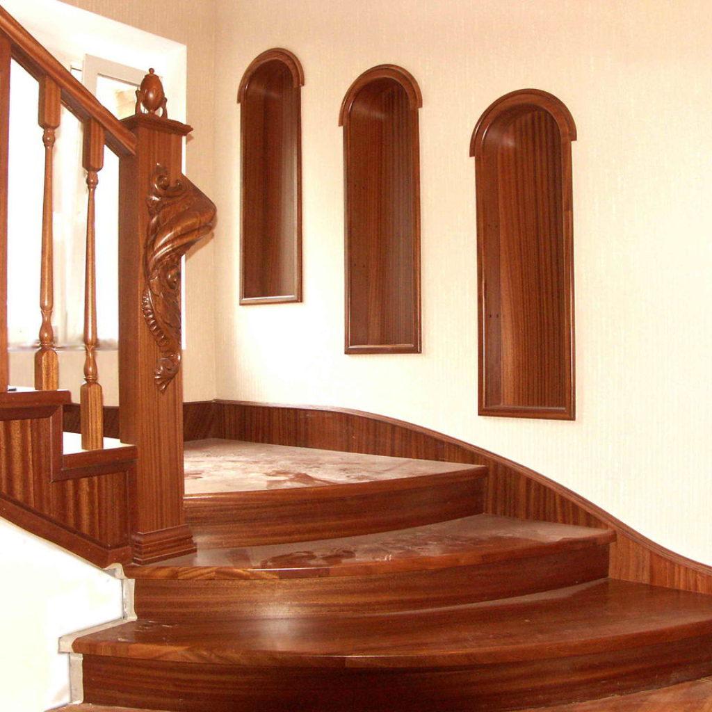 уход за деревянной лестницей